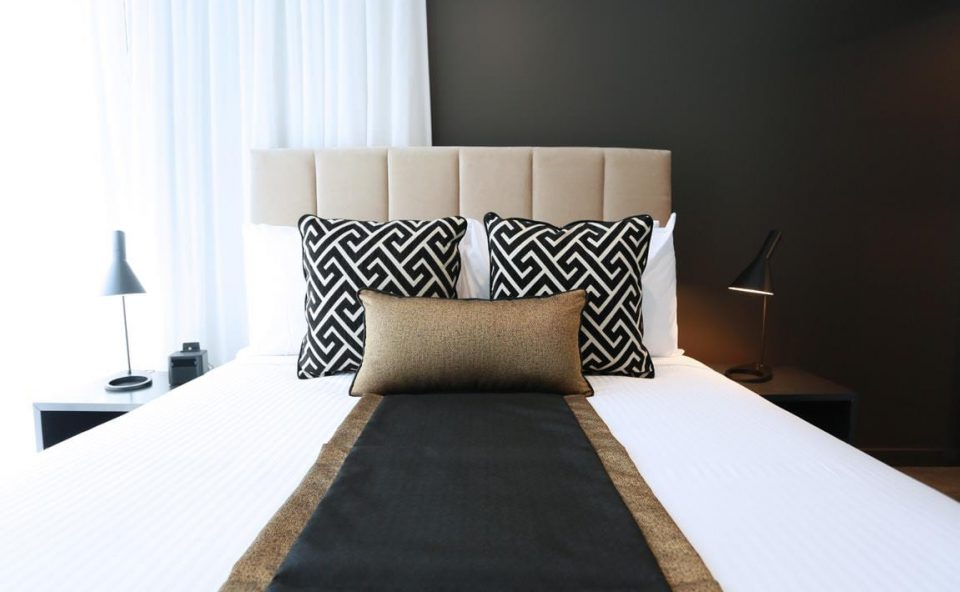 apartment-bed | Alex Perry Hotel & Apartments