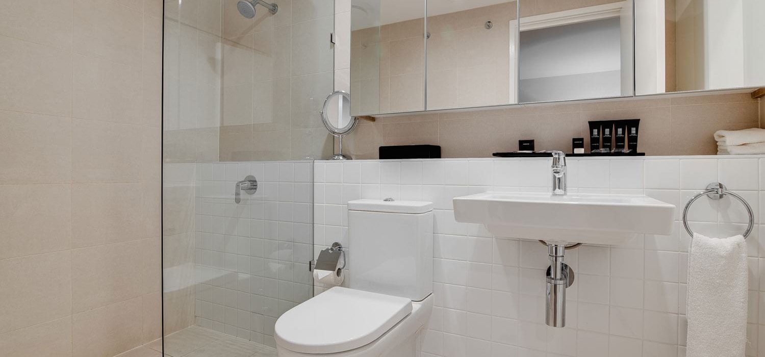 one-bedroom-executive-bathroom | Alex Perry Hotel & Apartments