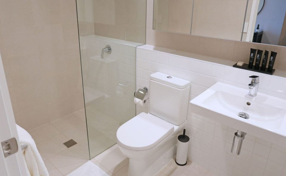 two-bedroom-apartment-bathroom | Alex Perry Hotel & Apartments