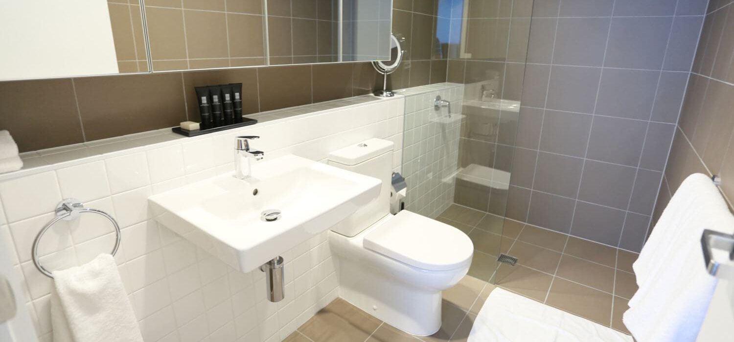 two-bedroom-executive-bathroom | Alex Perry Hotel & Apartments
