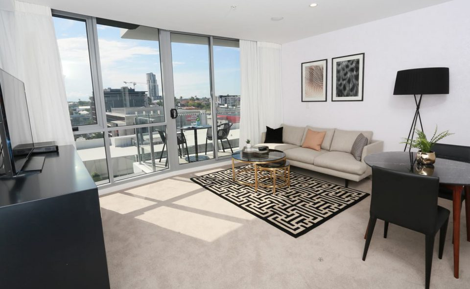 1-bed-apartment-blonde-lounge | Alex Perry Hotel & Apartments