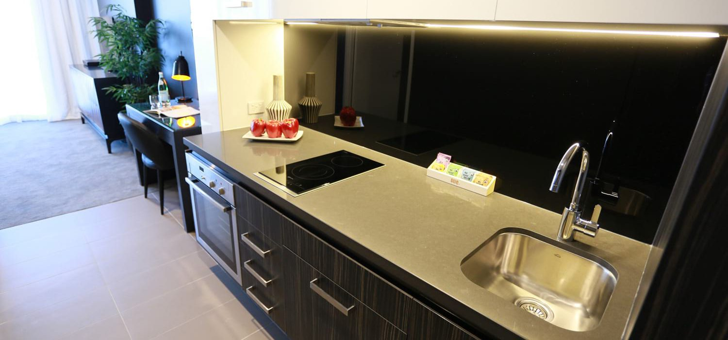 1-bed-apartment-kitchen | Alex Perry Hotel & Apartments